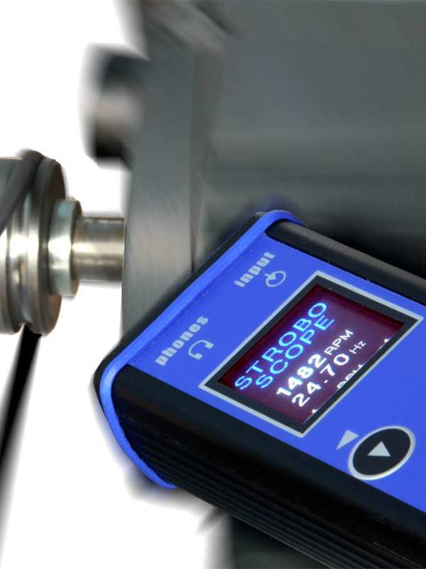 Vibration Meter while doing Stroboscope measuring